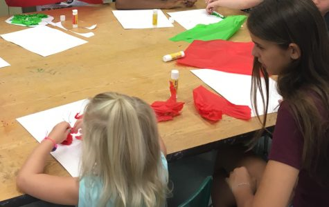 Art club teaches Thanksgiving crafts to Tots