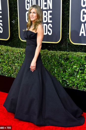 5.+Jennifer+Aniston+starts+off+the+best-dressed+celebrity+list+with+her+matte+black+Dior+Haute+Couture+gown.+Her+dress%2C+paired+with+her+diamond+Fred+Leighton+necklace%2C+was+simple+yet+classy+and+did+not+distract+from+Aniston%E2%80%99s+natural+beauty.